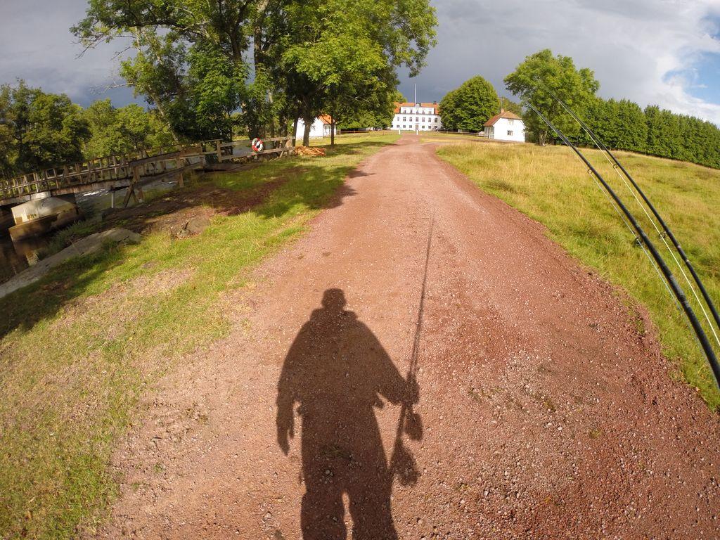 Fishing Emå...