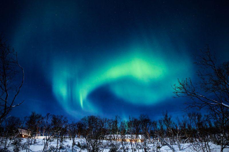 Vestre Jakobselv - Fullmåne og nordlys