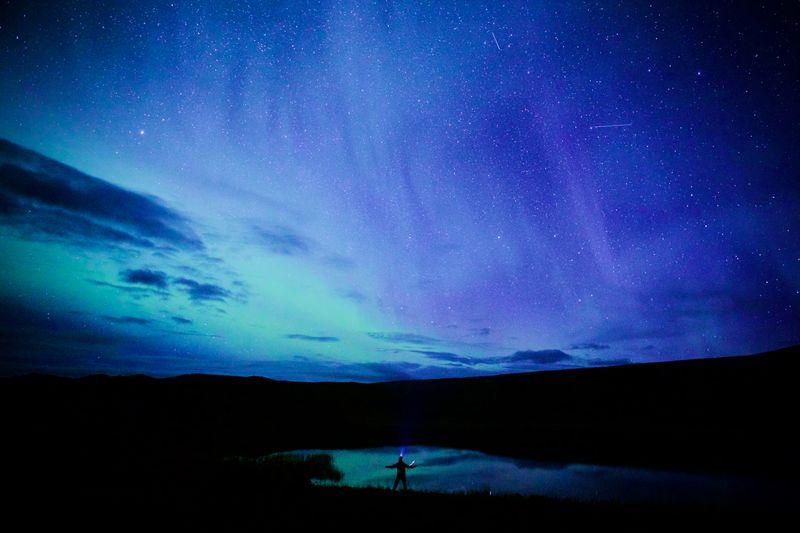 Nordlys og stjerneskudd